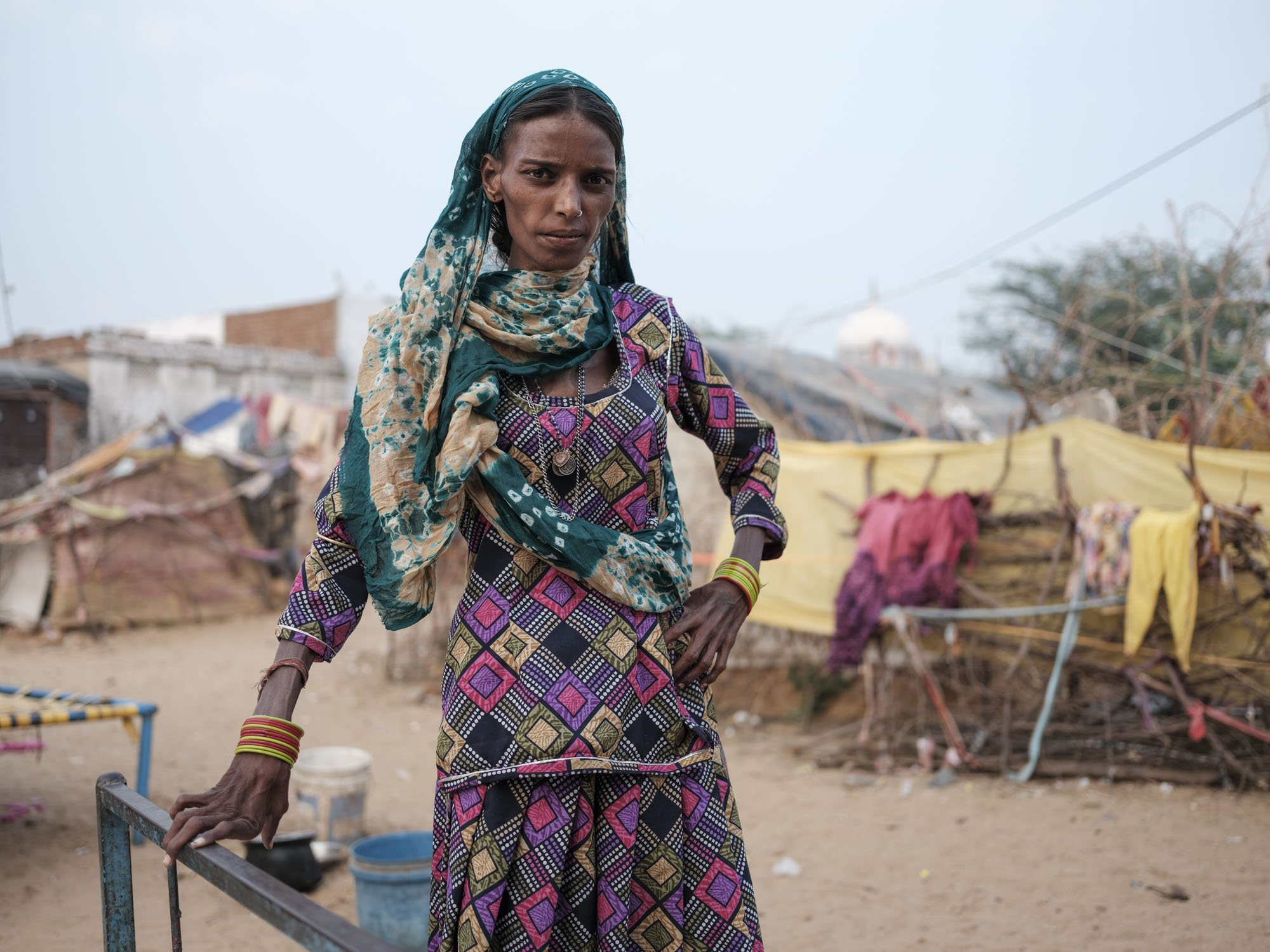 woman Gypsy Kalbelia tribe nomad Rajasthan India Documentary Photography Jose Jeuland Photographer print fine art