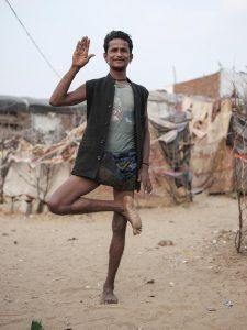 man Gypsy Kalbelia tribe nomad Rajasthan India Documentary Photography Jose Jeuland Photographer print fine art