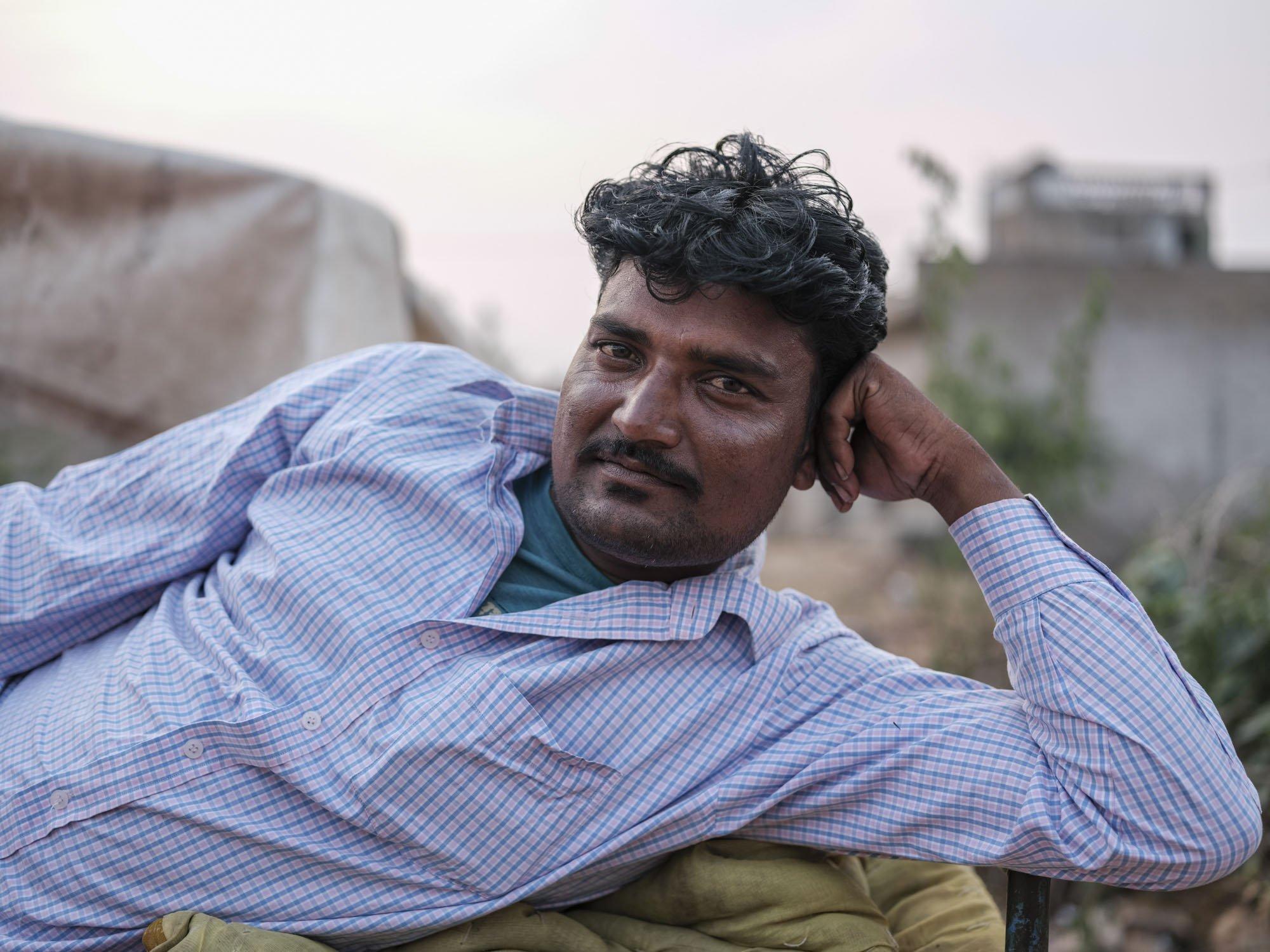 portrait man Gypsy Kalbelia tribe nomad Rajasthan India Documentary Photography Jose Jeuland Photographer print fine art