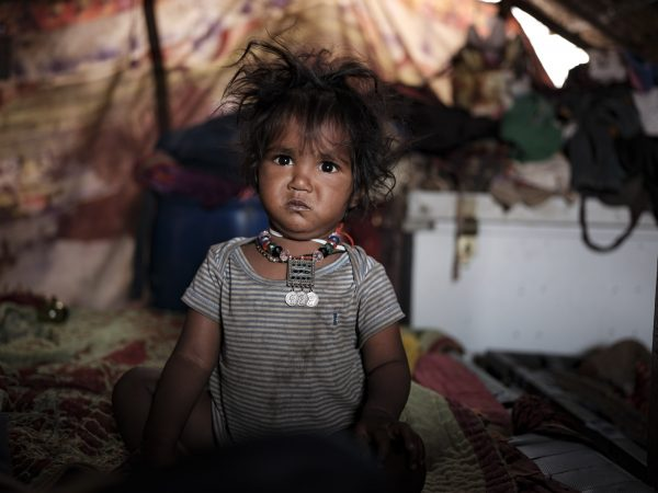 baby morning Gypsy Kalbelia tribe nomad Rajasthan India Documentary Photography Jose Jeuland Photographer print fine art