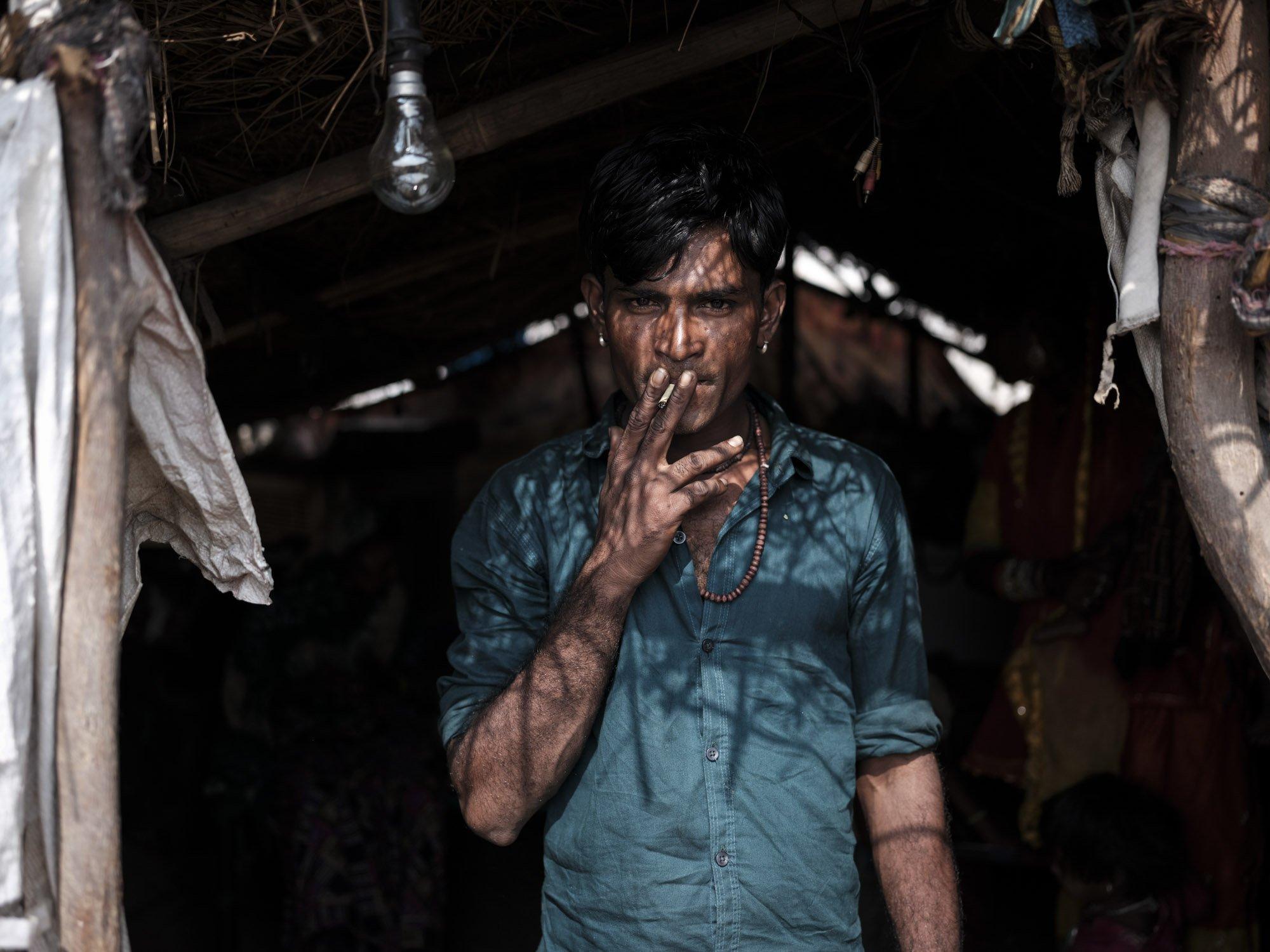 Gypsy Kalbelia tribe nomad Rajasthan India Documentary Photography Photographer Jose Jeuland