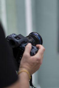 Laowa 17mm f:4 Ultra Wide GFX Zero D lens moyen format Fujifilm GFX 100 6