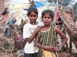 Kalbelia Gypsies girls camp Pushkar Travel Documentary Photography India Jose Jeuland-5